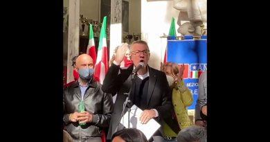 """MAURIZIO LANDINI: """"VIVA LA CGIL, VIVA IL SINDACATO CONFEDERALE, VIVA L'UNITÀ DEL MONDO DEL LAVORO!"""""""